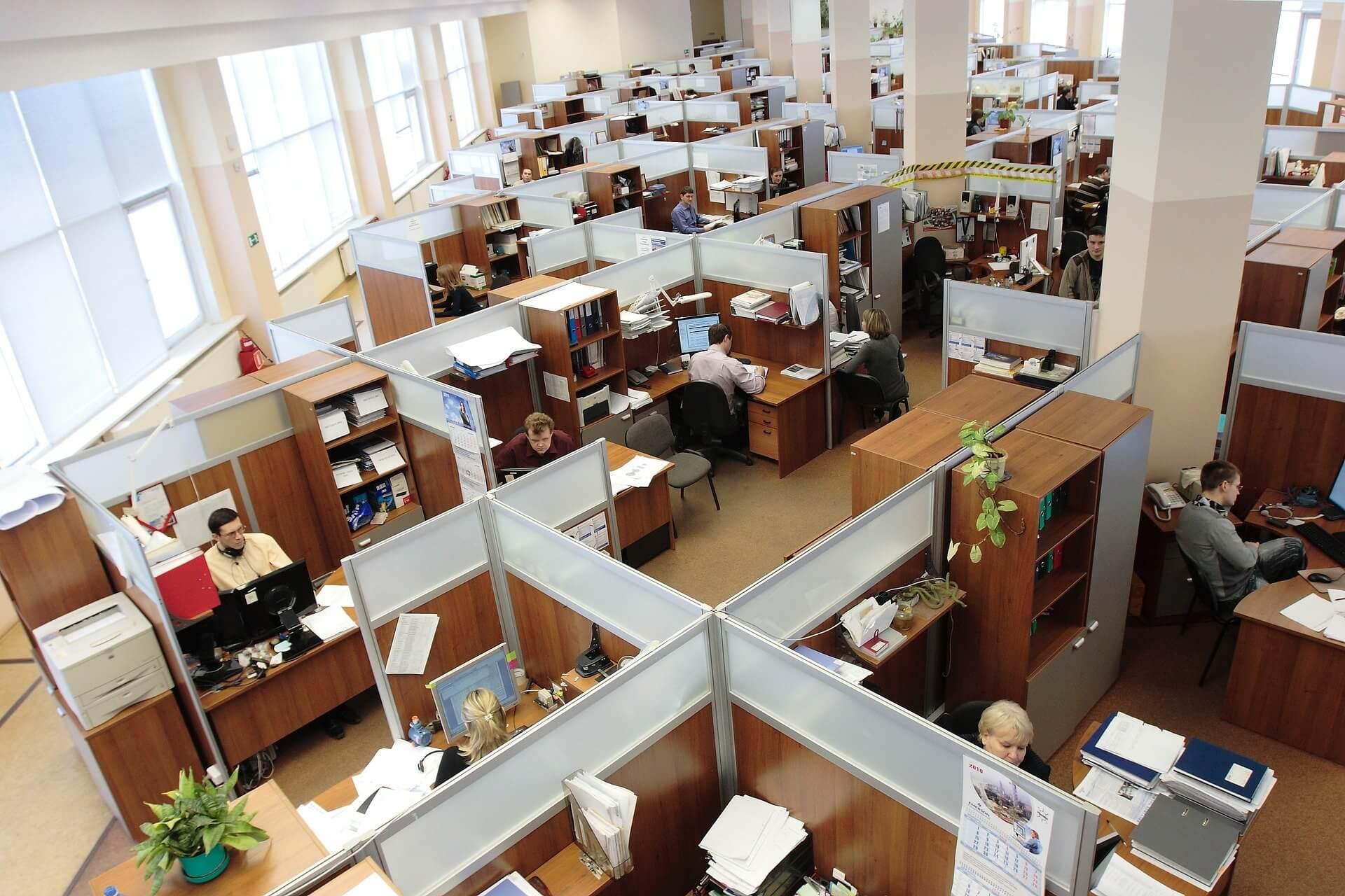 kancelářský nábytek na míru sh interiér Vysočina nábytek na míru (3)
