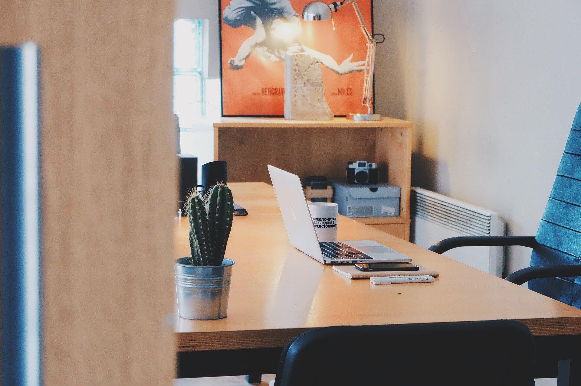 kancelářský nábytek na míru sh interiér Vysočina nábytek na míru (4)